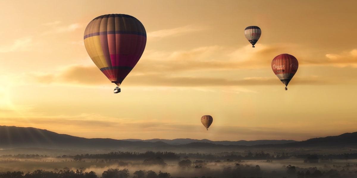 Keunggulan Memesan Balon di Kurnia Balon